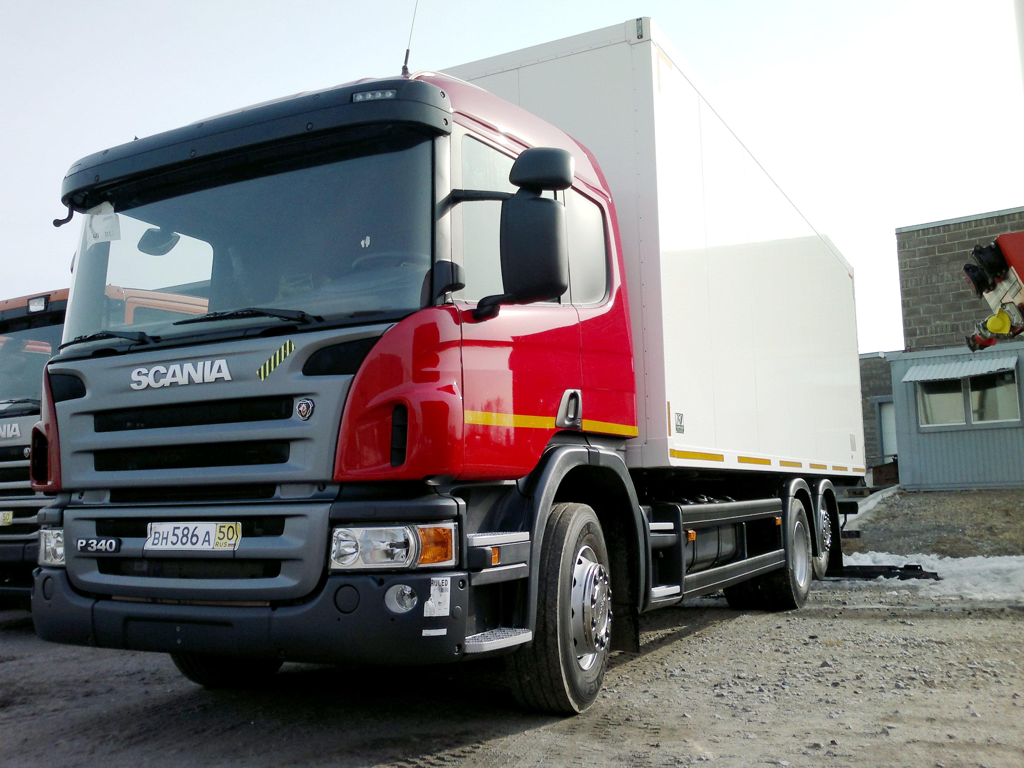 продажа грузовиков в Хабаровске - изотермический фургон Скания фура купить