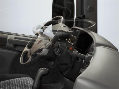 Рулевая колонка в кабине Scania P меняет угол наклона