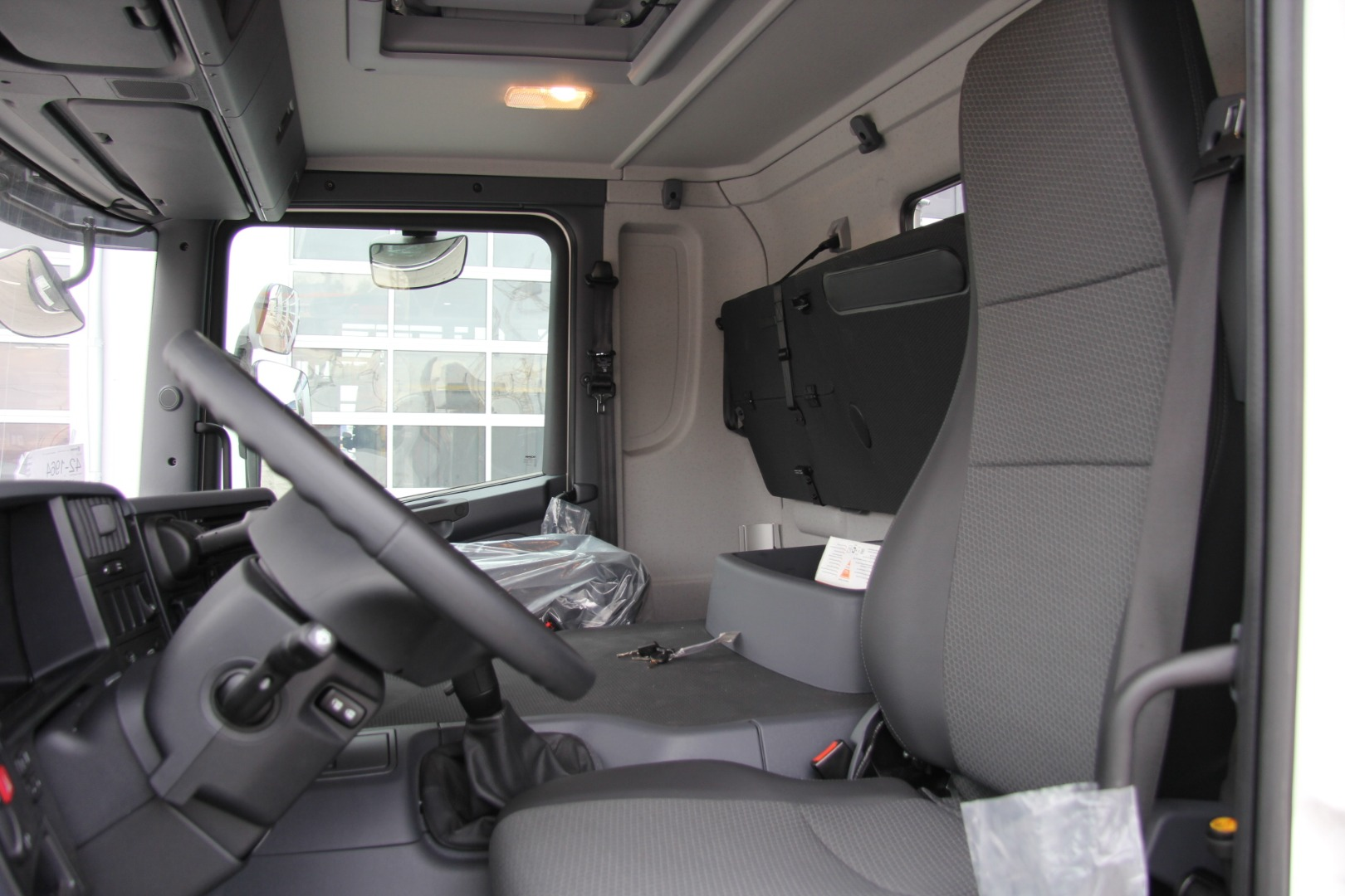 кабина самосвала Р400 Скания самосвалы хабаровск якутия магадан камчатка чукотка продажа сервис запчасти самосвалов